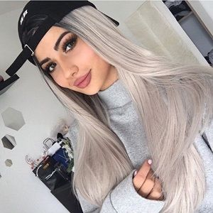 """✨KOKO 24"""" GREY STRAIGHT OMBRÉ LACE FRONT WIG💫*NWT"""